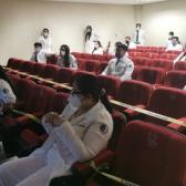 Alumnos de medicina aún sin hacer prácticas en Hospitales