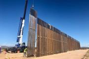 Todos los contratistas para la creación del muro fronterizo han sido notificados para detener labores