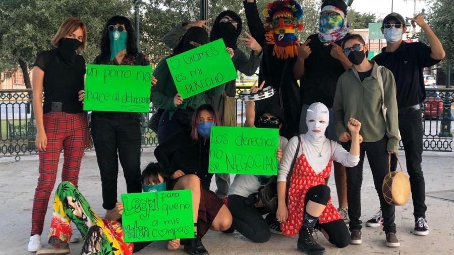 Marchan a favor de la despenalización de la marihuana